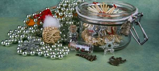 christmas-decorations-1462525979bxy